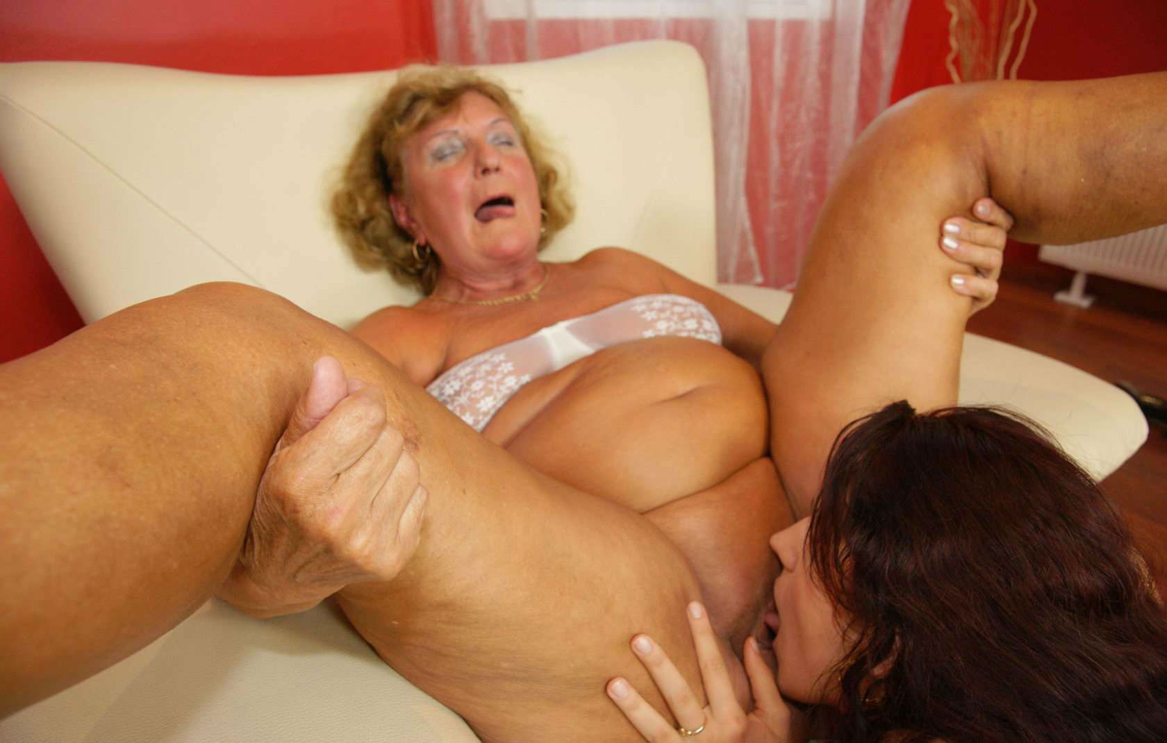 Fun with tits masturbate